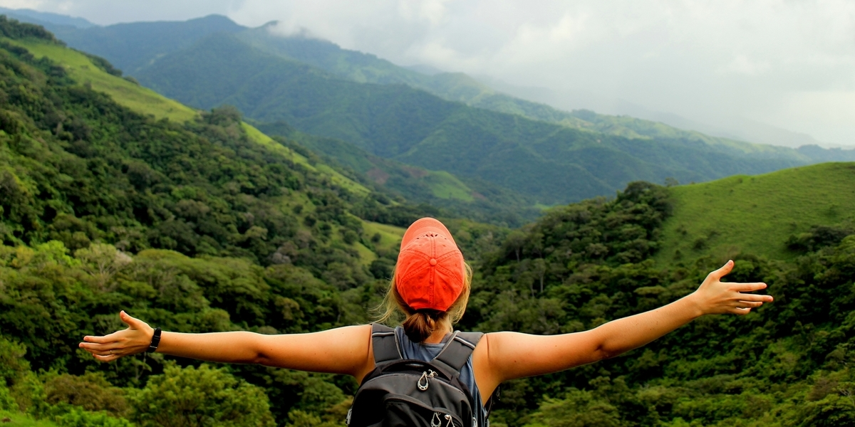 A Northwestern student studies abroad in Costa Rica.