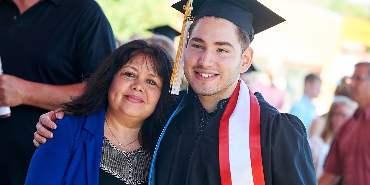 Student with mother at commencement