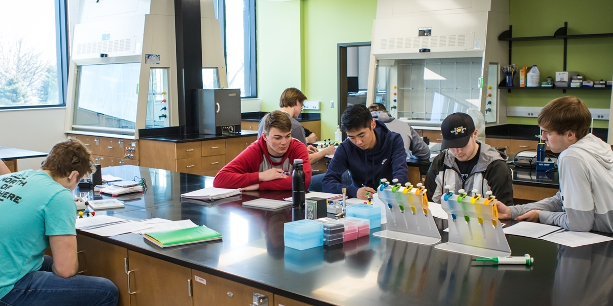 DeWitt Family Science Center chemistry lab