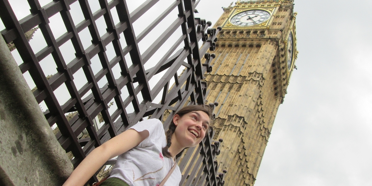 A Northwestern student visits Big Ben during her off-campus experience in England.