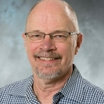Biology professor awarded for faculty service